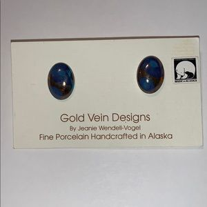 Gold Vein Designs Earrings